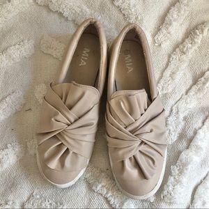 🌵 MIA Slip On Shoes